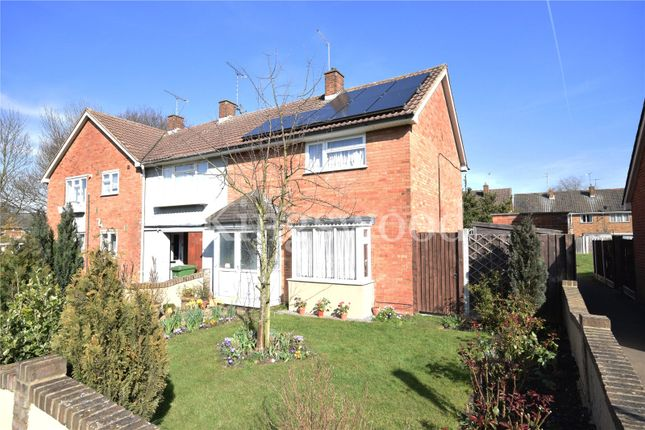 2 bed detached house to rent in Cross Green, Basildon, Essex SS16