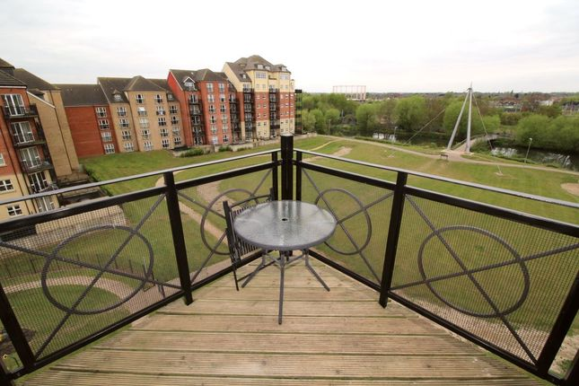 Thumbnail Flat for sale in Britannia House Palgrave Road, Bedford