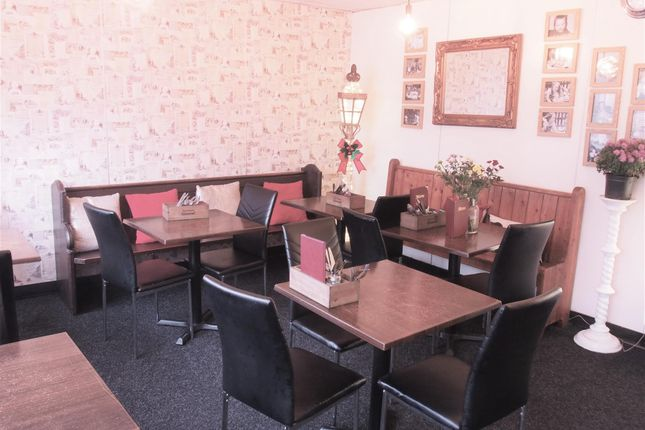 Restaurant/cafe for sale in Cafe & Sandwich Bars WF1, West Yorkshire