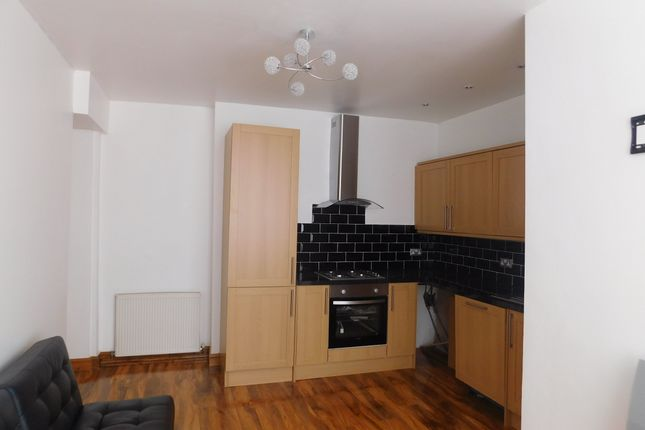 Thumbnail Flat to rent in Leopold Avenue, Didsbury, Manchester