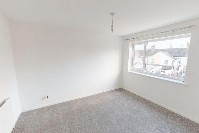 Bedroom Mp of Gradon Close, Barry CF63