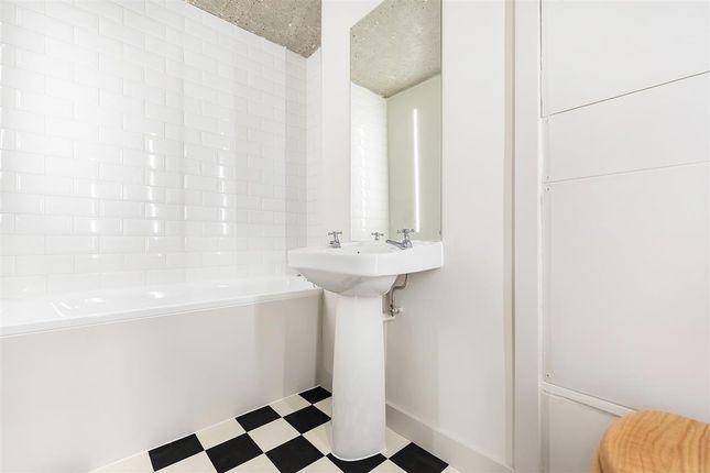 Bathroom of Golborne Road, London W10