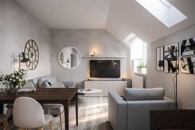 Thumbnail Flat for sale in Lawton Road, Loughton, Essex