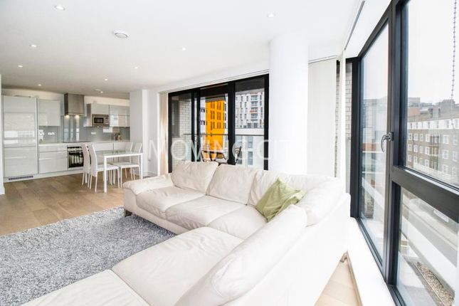 Thumbnail Flat for sale in Sloane Apartments, Old Castle Street, Aldgate East