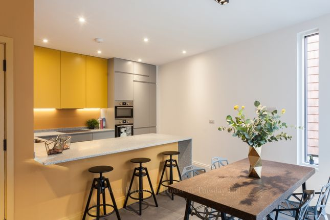 Thumbnail Detached house to rent in Neal Terrace, Beadnell Road, London