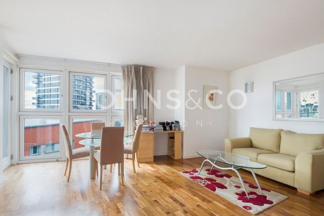 1 bed flat for sale in New Providence Wharf, Fairmont Avenue, London