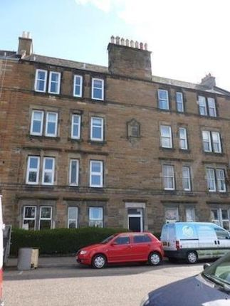 Thumbnail Flat to rent in Albion Road, Edinburgh