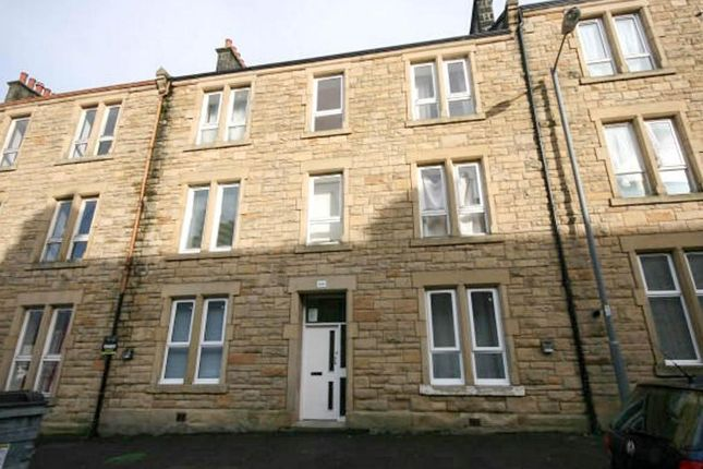 Thumbnail Flat to rent in Stewart Road, Stirlingshire, Falkirk