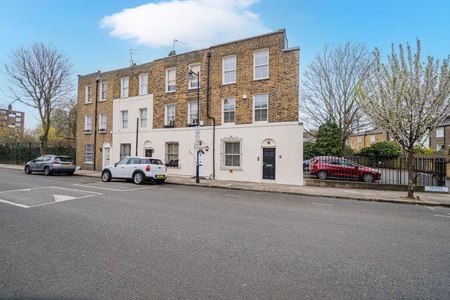 3 bed end terrace house for sale in Elizabeth Avenue, Islington, London N1