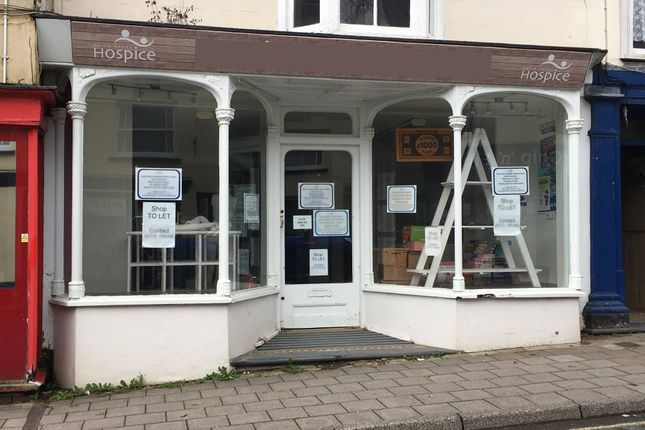 Retail premises to let in 79 South Street, Molton