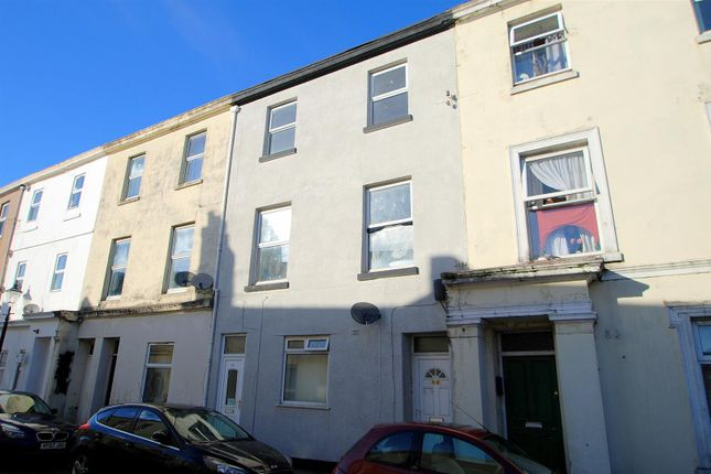 4 bed terraced house for sale in Clifton Place, North Hill, Plymouth