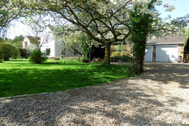 Thumbnail Property for sale in Bennetts Hill, Offenham, Evesham