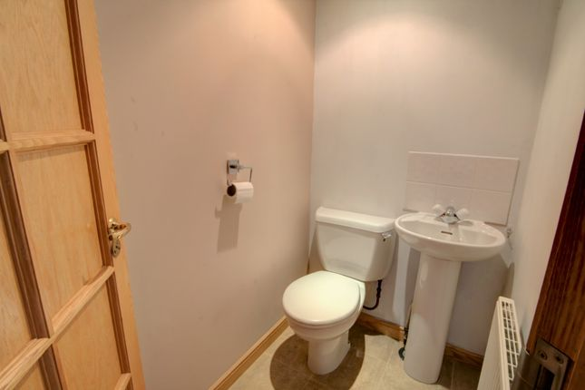 Cloakroom WC of Bents Road, Montrose DD10