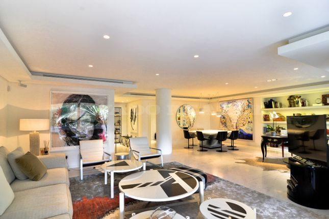 Thumbnail Apartment for sale in Don Gonzalo, Marbella, Malaga, Spain