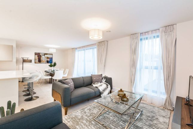 Thumbnail Flat to rent in Rosetti Court, Highgate