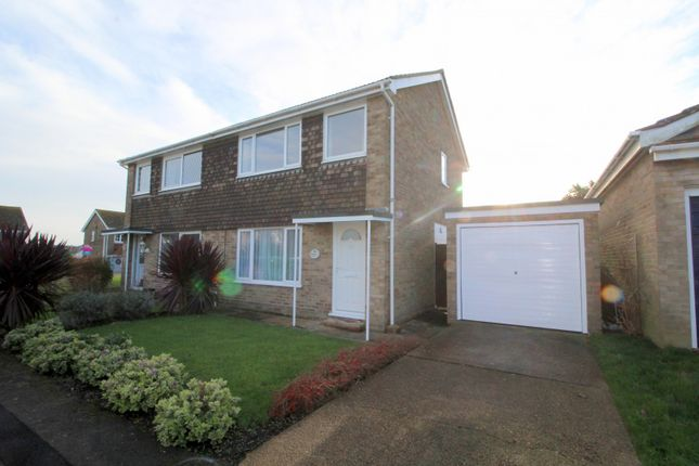 Thumbnail Property to rent in Bramber Close, Peacehaven