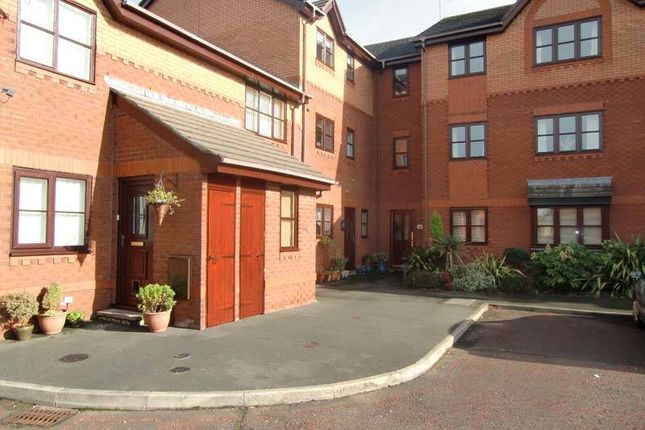 Thumbnail Flat for sale in Kittiwake Close, Thornton-Cleveleys
