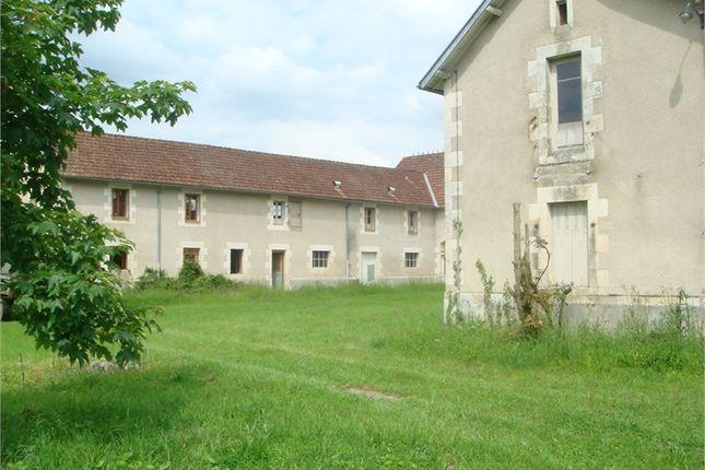 Property for sale in Poitou-Charentes, Vienne, Jouhet