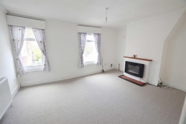 Thumbnail Maisonette to rent in Alma Place, Back Southgate, Hornsea