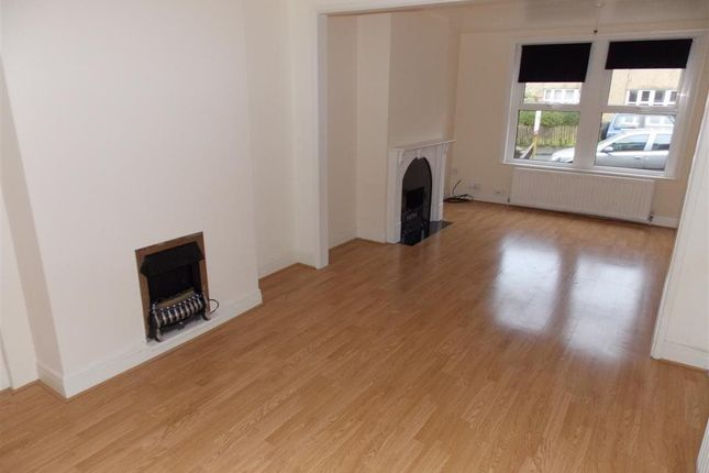 Thumbnail Property to rent in Heath Road, Salisbury, Wiltshire