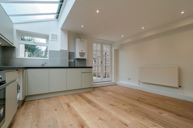 Houses To Rent In East London
