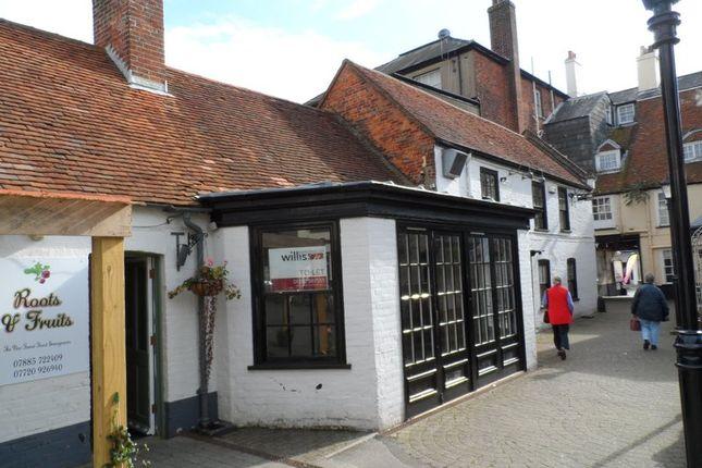 Restaurant/cafe to let in The Former Blue Pig Public House, Angel Yard, Lymington