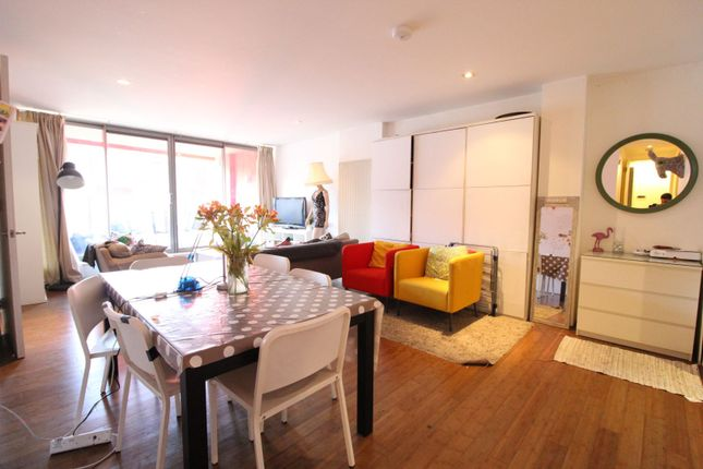 Thumbnail Flat for sale in 21 Plumbers Row, London