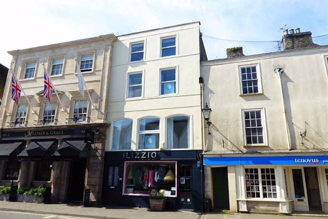 2 bed flat to rent in Long Street, Tetbury GL8