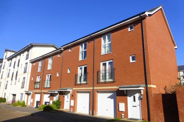 3 bed end terrace house for sale in Seacole Crescent, Old Town, Swindon, Wiltshire