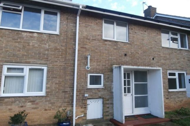 Thumbnail Terraced house to rent in Thistle Grove, Welwyn Garden City