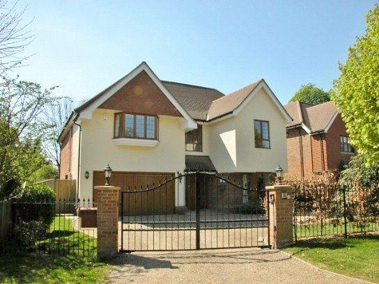 Thumbnail Detached house to rent in Latchmoor Avenue, Gerrards Cross, Buckinghamshire