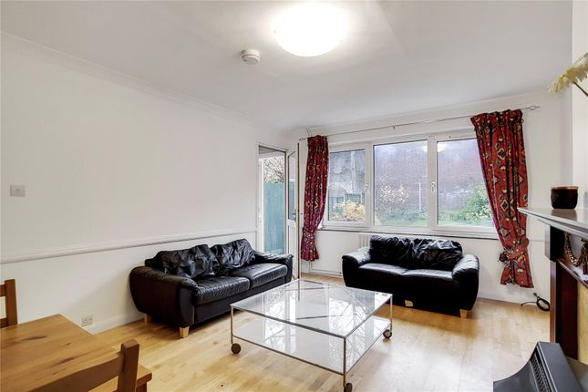 Thumbnail Shared accommodation to rent in Melba Way, London
