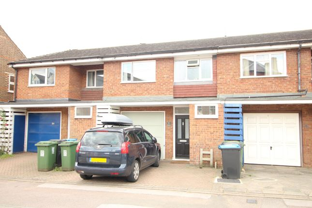 Thumbnail Terraced house to rent in St. Johns Road, Hemel Hempstead