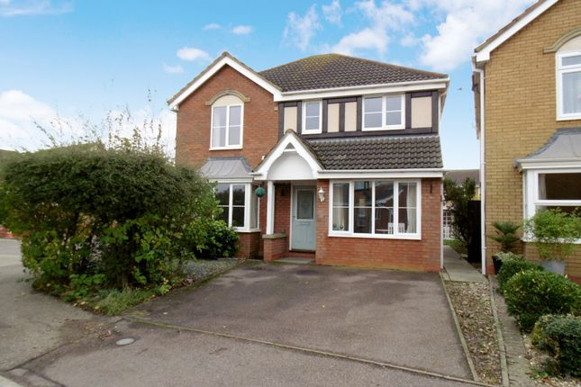 Thumbnail Detached house for sale in Brambling Close, Sandy