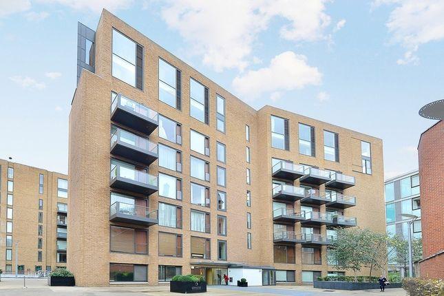 Thumbnail Flat to rent in Gatliff Road, London