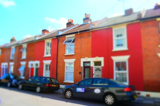 Thumbnail Shared accommodation to rent in Wisborough Road, Southsea, Portsmouth, Hampshire