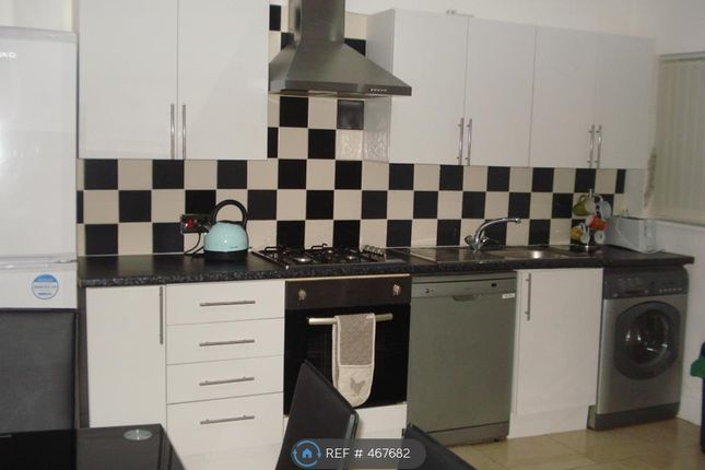 Thumbnail Terraced house to rent in Fallowfield, Manchester
