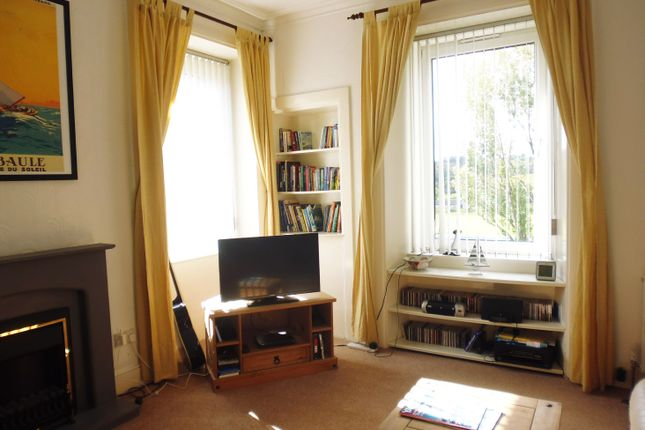 Lounge of Flat 2/1, 2 Eden Place, 179 High Street, Rothesay, Isle Of Bute PA20
