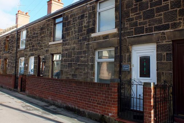 Thumbnail Terraced house to rent in High Street, Southsea, Wrexham