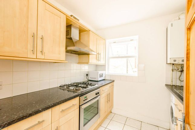 Thumbnail Flat to rent in Second Avenue, Walthamstow Village