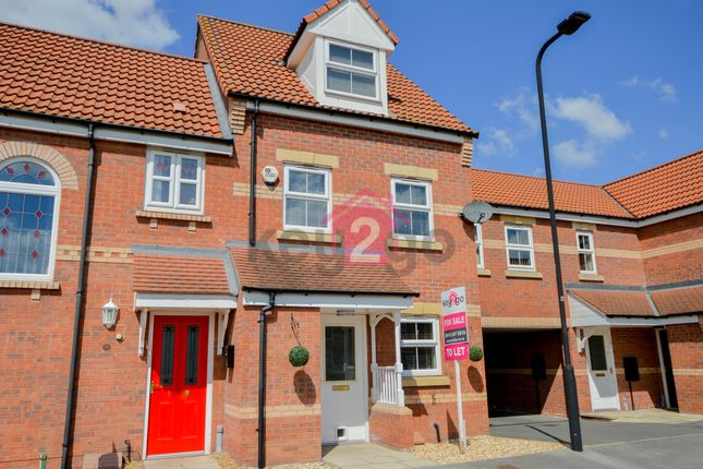 3 bed town house for sale in Sanders Way, Dinnington, Sheffield S25