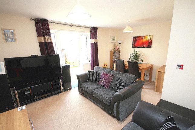 Living Room of Campbell Lane, Pitstone, Bucks. LU7