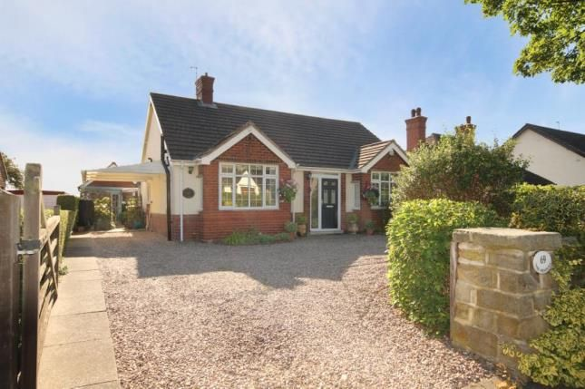 Thumbnail Bungalow for sale in Cutthorpe Road, Cutthorpe, Chesterfield, Derbyshire