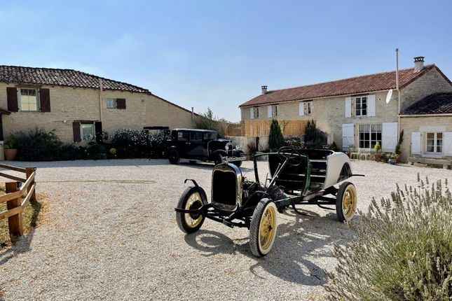 Thumbnail Property for sale in Poitou-Charentes, Charente-Maritime, Nere