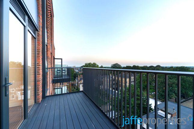 Thumbnail Flat to rent in Filmworks Walk, Ealing, London