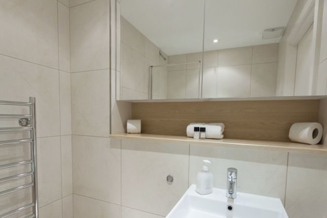 1 bed flat to rent in Times Square, Aldgate