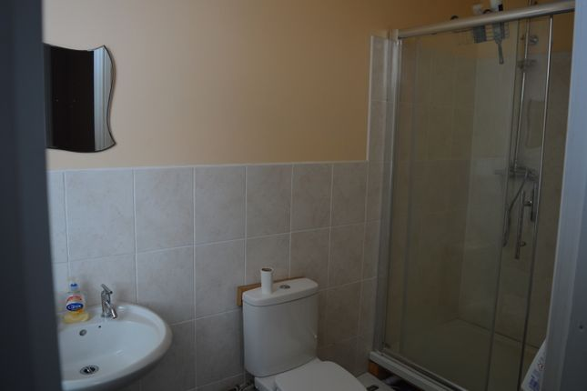 Thumbnail Flat to rent in 23 Burrage Grove, Woolwich