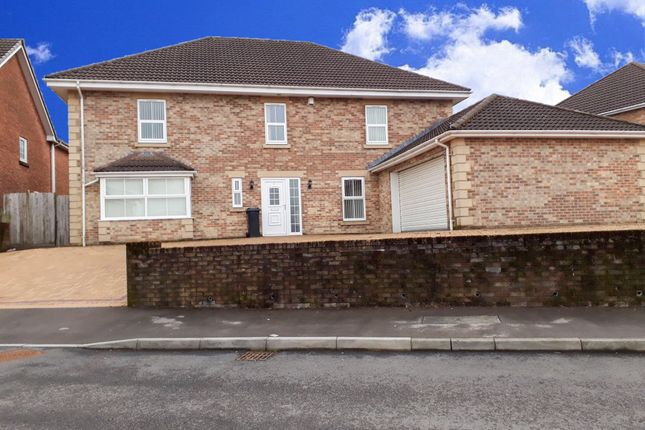 Thumbnail Property to rent in Heol Corn Ddu, Beacon Heights, Merthyr Tydfil