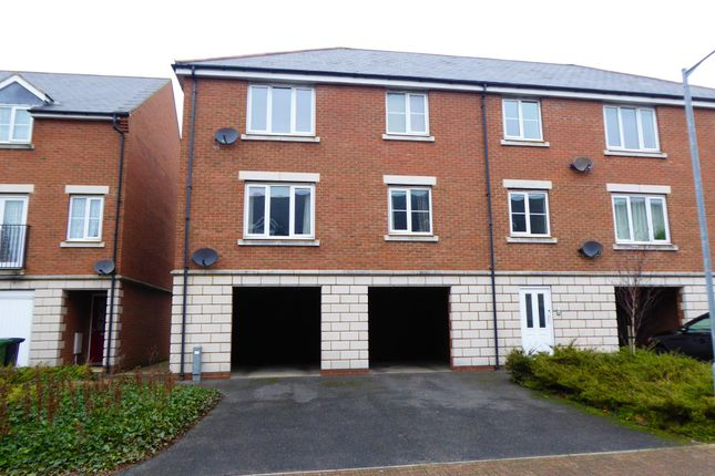 Thumbnail End terrace house to rent in Vincent Close, Great Yarmouth