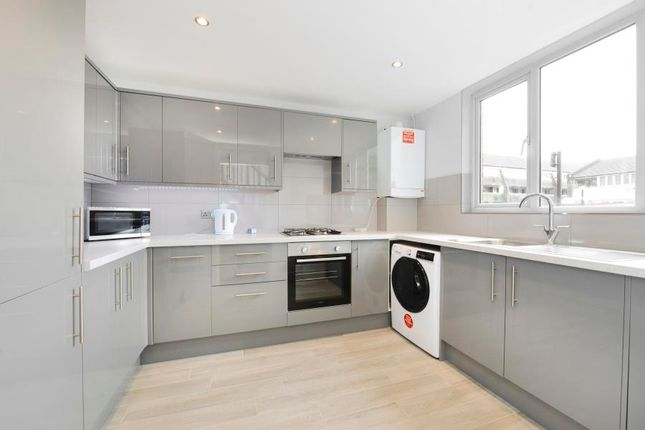 Thumbnail End terrace house to rent in Mission Square, Brentford